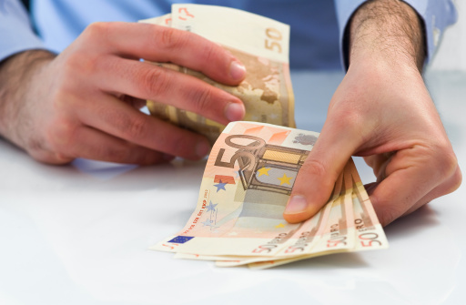 Dringend geld lenen zonder bkr